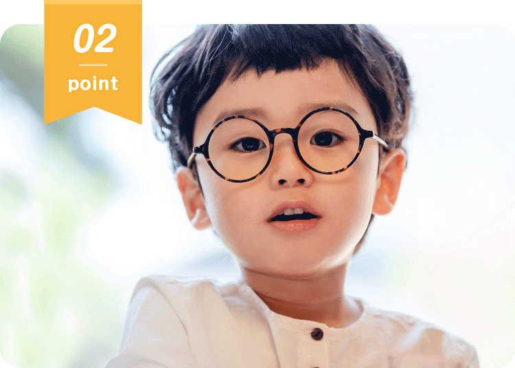 年間400人の弱視メガネの販売